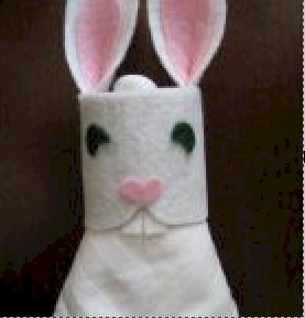 tp-easter-bunny-napkin-ring