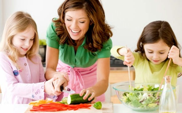 Teaching Kids to Eat Healthy